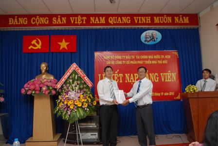 Chi bộ TDH kết nạp Đảng viên mới