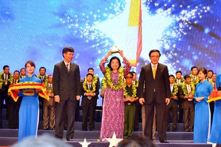 Thuduc Agromarket và TOP 100 giải Sao vàng đất Việt 2013