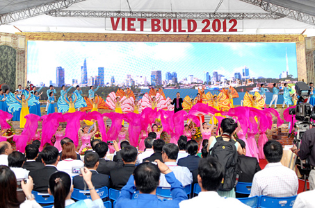 """TDH nhận giải thưởng """"CÚP VÀNG VIETTOPRE 2012"""""""